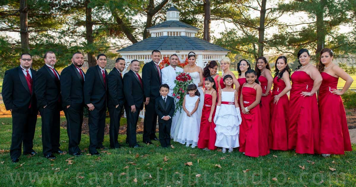 Save those colorful moments of your wedding photography
