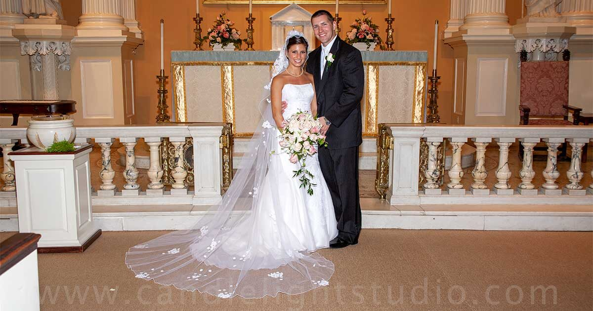 The bride and groom Church wedding rituals