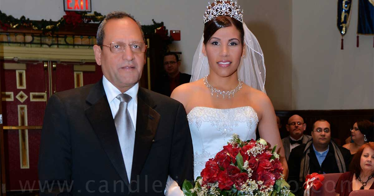 Looking for a Spanish wedding photographer in New York? Here I am!